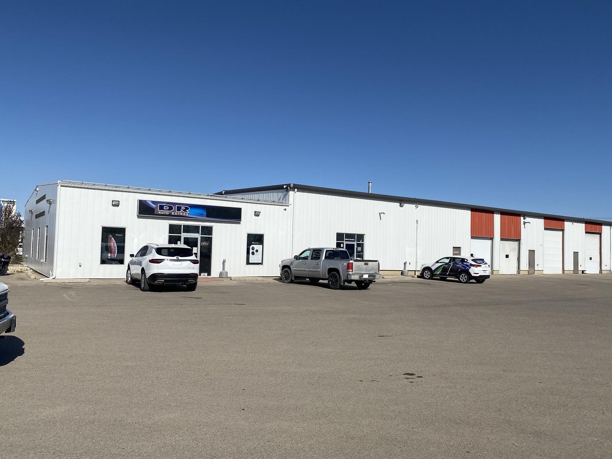 D R Auto Store Front